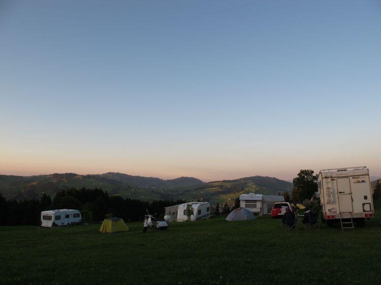3_Camping