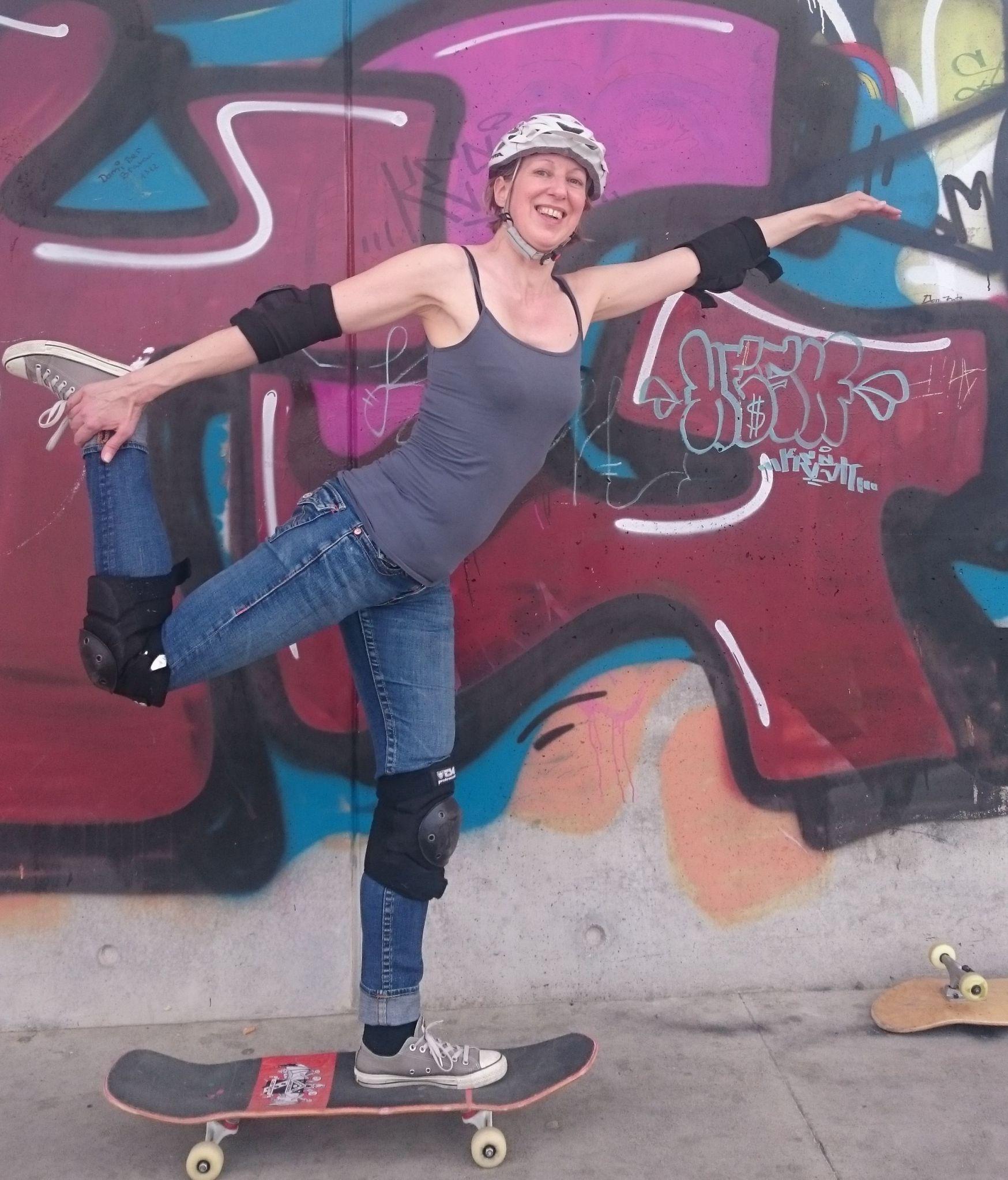 Skateyoga #skateyoga skateboard yoga